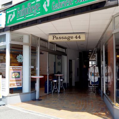 Foto: Eingang Passage 44 / Podologische Praxis